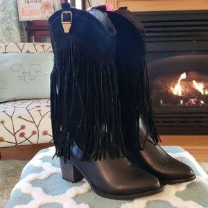 Godiva fringed cowboy boots size 7